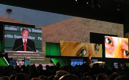 Milano 27-10-2009, Assemblea Costituente, foto di *Flor*